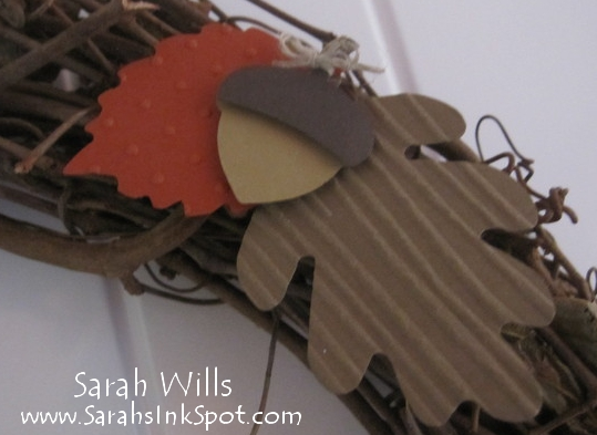 fall-wreath-closeupacorn