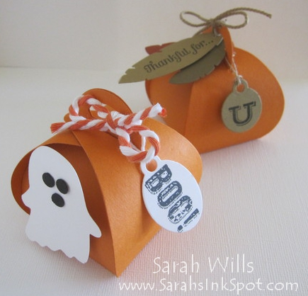 Simple Halloween Curvy Boxes