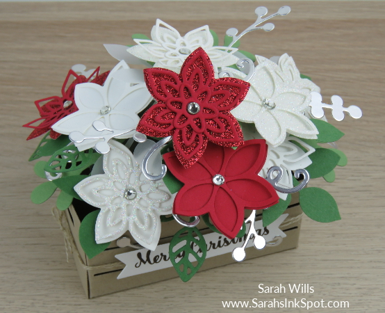 Stampin-Up-Wood-Crate-Christmas-Flower-Basket-Quilt-Builder-Flourish-Leaf-Punch-Idea-Sarah-Wills-Sarahsinkspot-Stampinup-Angle