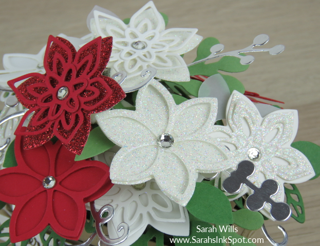 Stampin-Up-Wood-Crate-Christmas-Flower-Basket-Quilt-Builder-Flourish-Leaf-Punch-Idea-Sarah-Wills-Sarahsinkspot-Stampinup-FlowersCloseUp2
