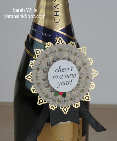 Stampin-Up-Inky-Friends-Blog-Hop-New-Year-Blends-Cheers-to-the-Year-Champagne-Bottle-Topper-Tag-Foil-Snowflake-Idea-Sarah-Wills-Sarahsinkspot-Stampinup-Tag