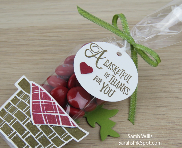 Stampin-Up-Inky-Friends-Blog-Hop-Occasions-Catalog-2018-Picnic-With-You-Basket-Builder-Dies-Weave-Embossing-Card-Idea-Sarah-Wills-Sarahsinkspot-Stampinup-3D-Cello-Tag