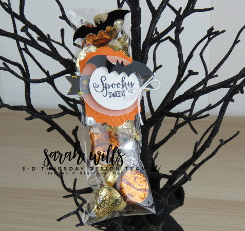Stampin-Up-3D-Thursday-Cello-Bag-Topper-Spooky-Sweets-Bundle-Bats-Punch-Kids-Halloween-Treat-Toil-Trouble-Idea-Sarah-Wills-Sarahsinkspot-Stampinup-149973-149974-Orange