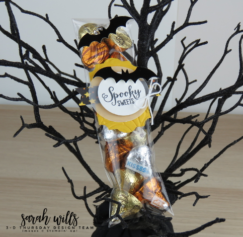 Stampin-Up-3D-Thursday-Cello-Bag-Topper-Spooky-Sweets-Bundle-Bats-Punch-Kids-Halloween-Treat-Toil-Trouble-Idea-Sarah-Wills-Sarahsinkspot-Stampinup-149973-149974-Yellow