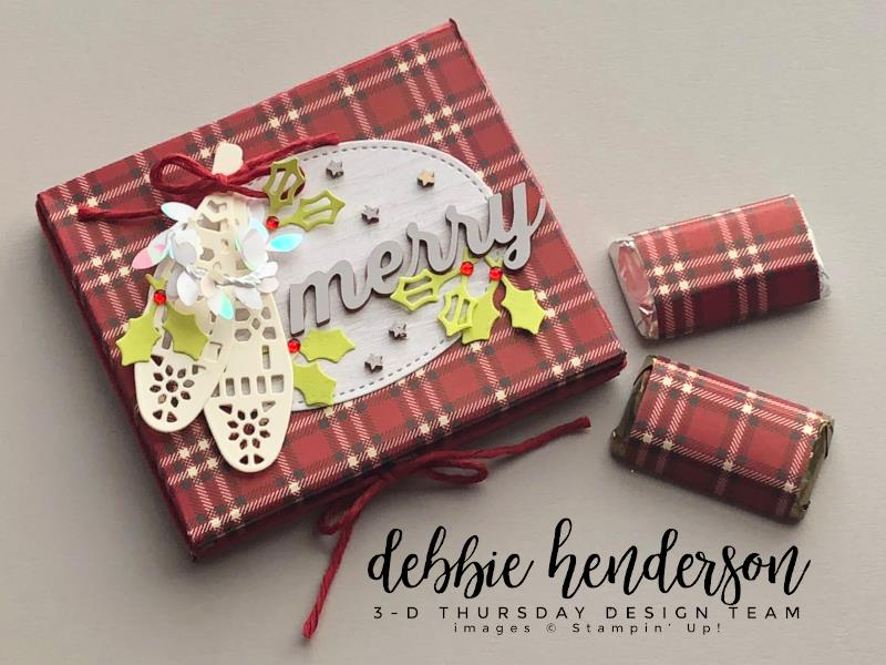 Stampin-Up-3D-Thursday-Hershey-Miniatures-Gift-Box-Free-Tutorial-Christmas-Holidays-Farmhouse-Framelits-Stitched-Shapes-Iridescent-Boxwood-Wreath-Idea-Sarah-Wills-Sarahsinkspot-Stampinup-1-Main